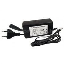 "Power Supply SPS5000 Dugaszos 230 V / 12 V-os ""notebook"" tápegység"